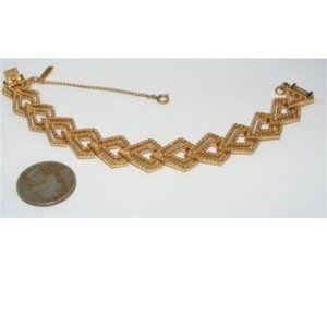 K-591 Vintage Monet Gold-tone Link Bracelet